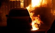 Hai phút lái xe qua biển lửa California của cô gái Mỹ