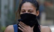 Võ sĩ quyền anh phải đeo khẩu trang chống ô nhiễm ở Ấn Độ