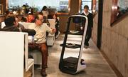 Robot nấu hơn 40 món ăn trong nhà hàng Trung Quốc