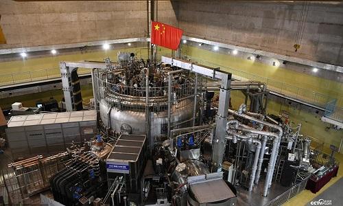 Trung Quốc tự thiết kế và chế tạoLò phản ứng thực nghiệm tiên tiến siêu dẫn tokamak (EAST). Ảnh: CCTV.