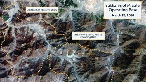 Ảnh chụp vệ tinh các cơ sở tên lửa đang hoạt độngcủa Triều Tiên được công bố hôm 12/11. Ảnh: CSIS.