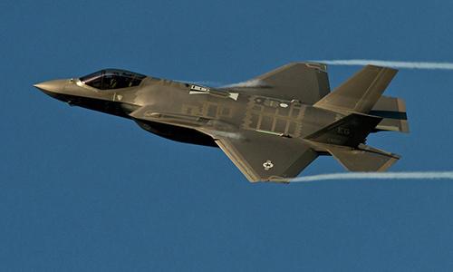 Tiêm kích F-35A Lightning II thuộc Phi đội Tiêm kích 33 đóng tại căn cứ không quân Eglin. Ảnh: AP.