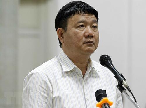 Ông Đinh La Thăng trong phiên toà hồi tháng 5/2018. Ảnh: TTXVN