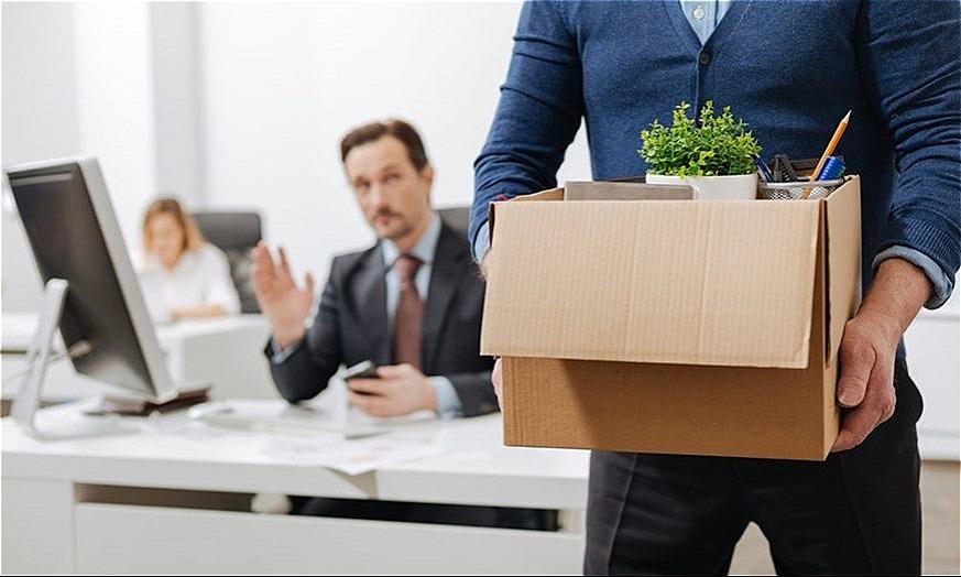 Bị sếp hắt hủi khi công ty lớn mạnh, tôi nghỉ việc là đúng hay sai?
