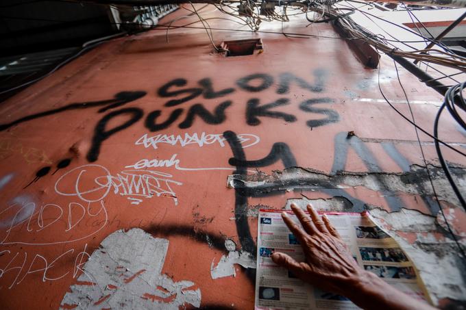 Tràn lan hình vẽ bẩn ở phố Tây Sài Gòn