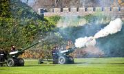 Anh bắn 41 phát đại bác chào mừng Thái tử Charles 70 tuổi