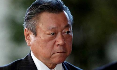 Bộ trưởng An ninh mạng Nhật phủ nhận việc chưa bao giờ dùng máy tính