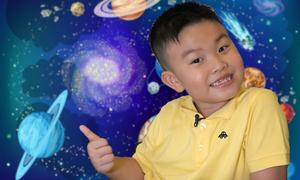 Cậu bé 6 tuổi 'biết tuốt' nhờ đọc hơn 300 cuốn sách