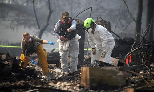 Số người mất tích trong cháy rừng ở California tăng lên hơn 1.200