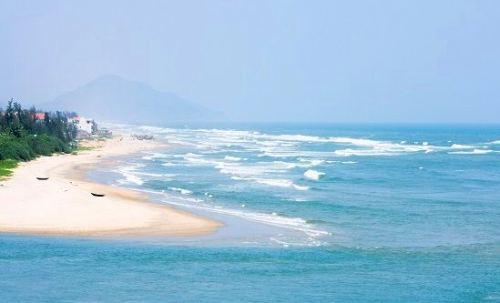Hai du khách Hà Lan tử vong khi tắm biển ở Thừa Thiên Huế
