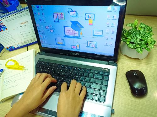 Việt Nam đứng trong top 10 các nước châu Á phát triển lĩnh vực đào tạo trực tuyến.