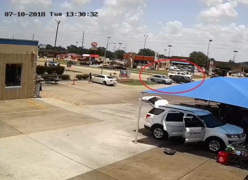 Người đàn ông Mỹ bắn nhiều nữ tài xế khi bị lấn làn, tạt đầu