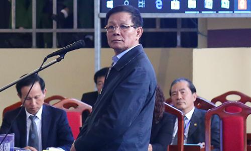 Ông Phan Văn Vĩnh khai bị cấp dưới qua mặt, giấu thông tin