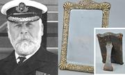 Gương 'ma ám' của thuyền trưởng Titanic được đấu giá gần 13.000 USD