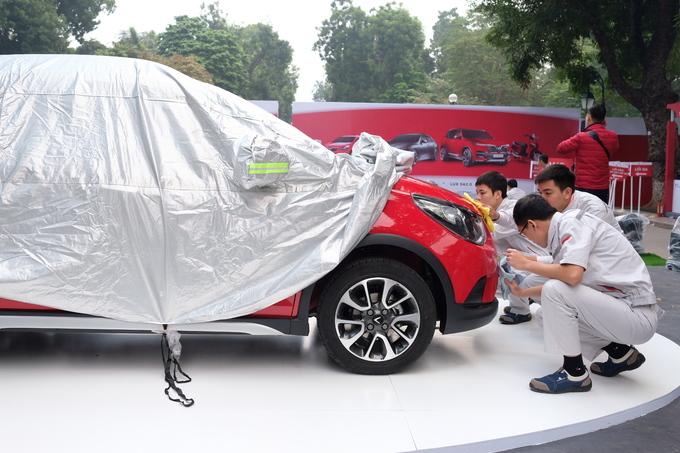 Ôtô cỡ nhỏ VinFast Fadil lần đầu xuất hiện ngoài đời thực
