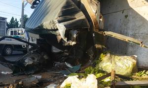 Hai ôtô đấu đầu trên đường đi Đà Lạt, 3 người bị thương