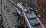 Tàu hỏa trật bánh ở Tây Ban Nha, gần 50 người bị thương