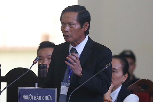 Luật sư Phan Trung Hoài chiều 21/11. Ảnh: Phạm Dự.