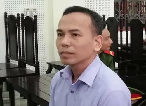 Nguyễn Hữu Ngạn tại tòa hôm nay.