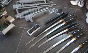 Nam thanh niên ở Đà Lạt tàng trữ hàng chục súng, kiếm...