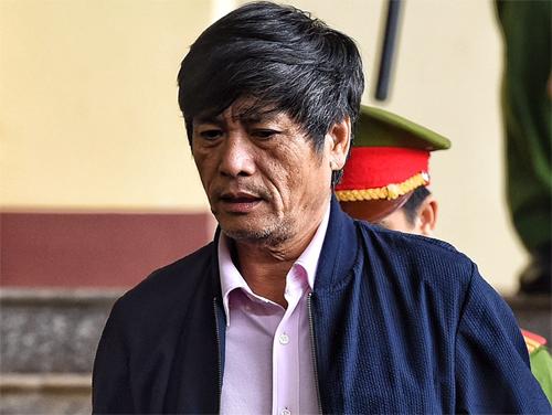 Cựu cục trưởng Hóa trong phiên tòa chiều 22/11. Ảnh: Giang Huy