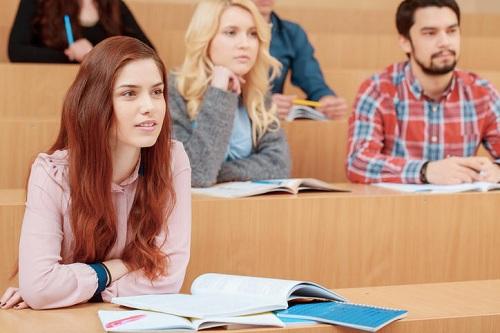 Học phí đại học ở Pháp thấp hơn các nước Anh, Mỹ. Ảnh:Campus France
