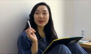 Những người mất tiền để 'ngồi tù biệt giam' ở Hàn Quốc