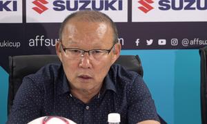 HLV Park Hang-seo cử trợ lý thăm dò đối thủ ở bán kết