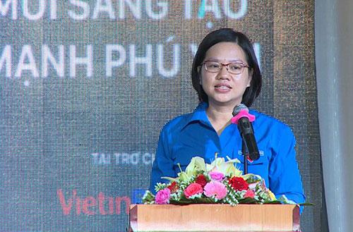 Chị Nguyễn Thị Thu Vân, Phó chủ tịch thường trực Trung ương Hội LHTN Việt Nam phát biểu tại buổi Tọa đàm.