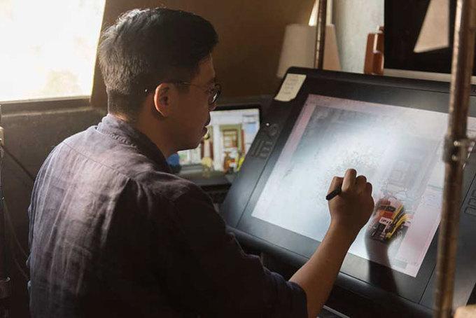 Ông bố đơn thân vẽ tranh mô tả cuộc sống hàng ngày