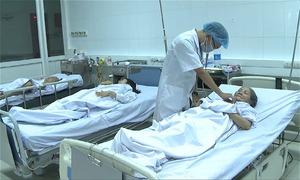 Ba nạn nhân ngộ độc khí than sưởi ấm dần hồi phục