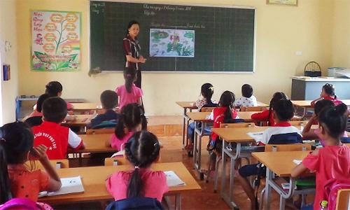 Giáo viên áp lực từ hàng chục cuộc thi trong nhà trường