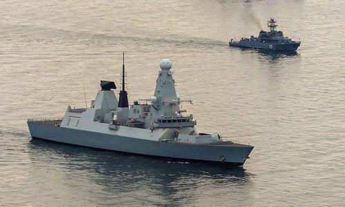 HMS Duncan dẫn đầu đội tàu chiến NATO trên Biển Đen hồi tháng 5. Ảnh: Hải quân Anh.