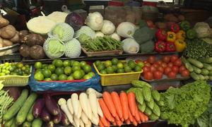 Thực phẩm về các chợ tại TP HCM tăng giá sau bão