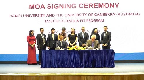 Trường Đại học Hà Nội và Đại học Canberra ký thỏa thuận hợp tác đào tạo chương trình Master of TESOL and FLT.