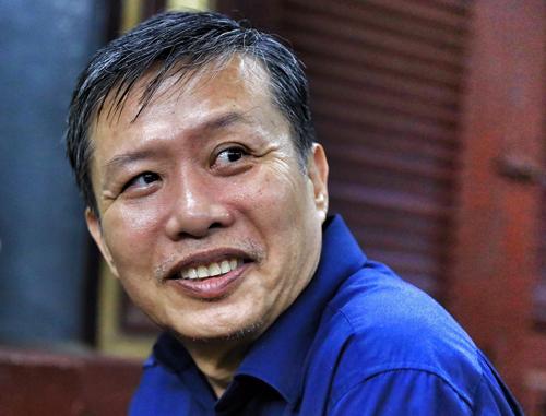 Ông Nguyễn Hồng Ánh tại tòa. Ảnh: Hữu Khoa.