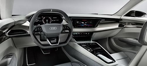 Thiết kế bên trong cabin Audi e-tron GT.