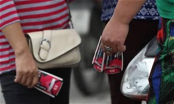 Khá» sá» mua và trận Viá»t Nam - Malaysia: Ngðá»i hâm má» nên cho phe và má»t bài há»c