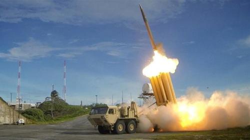 Hệ thống phòng thủ tên lửa tầm cao giai đoạn cuốiTHAAD của Mỹ. Ảnh: Reuters