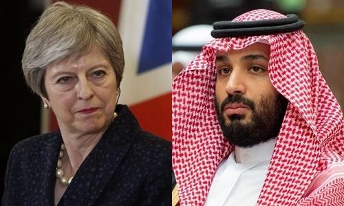 Thủ tướng Anh Theresa May (trái) và Thái tử Arab Saudi Mohammed bin Salman. Ảnh: Reuters.