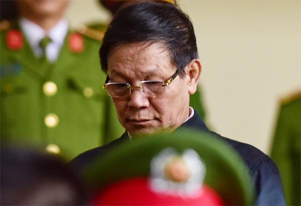 Bị cáo Phan Văn Vĩnh. Ảnh: Giang Huy