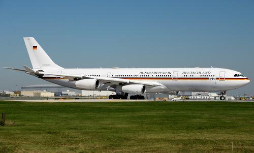 Chuyên cơ A340 của Thủ tướng Đức hồi năm 2014. Ảnh: Wikipedia.