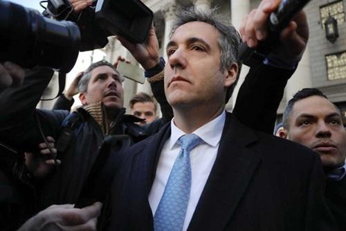 Michael Cohen bên ngoàitòa án liên bang ở Manhattan, New York hôm 29/11. Ảnh: Reuters.