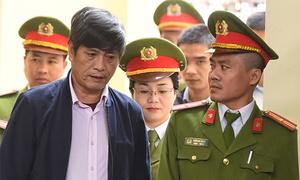 Tuyên án hai cựu tướng công an 9-10 năm tù