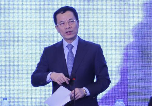 Bộ trưởng Nguyễn Mạnh Hùng tại Diễn đàn Thanh niên khởi nghiệm năm 2018. Ảnh: Nguyễn Đông.