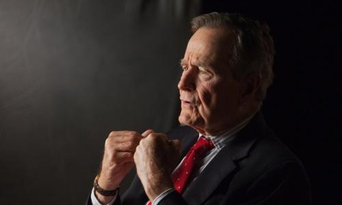 Cố tổng thống Bush cha. Ảnh: Xios.