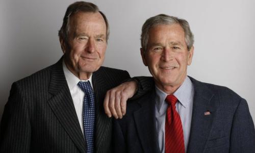 Hai cha con cựu tổng thống Bush. Ảnh: The Hill.
