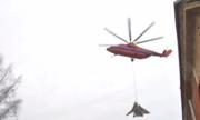 Trực thăng Nga nâng bổng cường kích 22 tấn bay quanh St. Petersburg