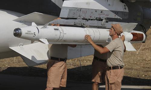 Tên lửa Kh-25ML trang bị cho cường kích Su-24 tham chiến tại Syria. Ảnh: Sputnik.