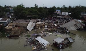 3 căn nhà ở An Giang bị cuốn trôi xuống sông
